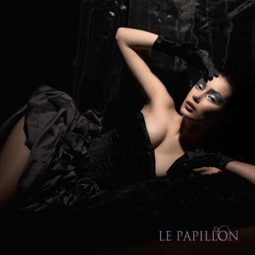 【 LE PAPILLON 】珍珠鑲綴花苞馬甲洋裝(黑紫) 99800.jpg