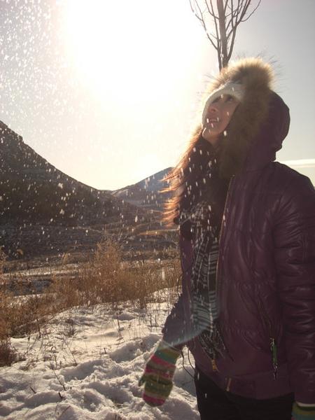 雖然有太陽可是還是很冷