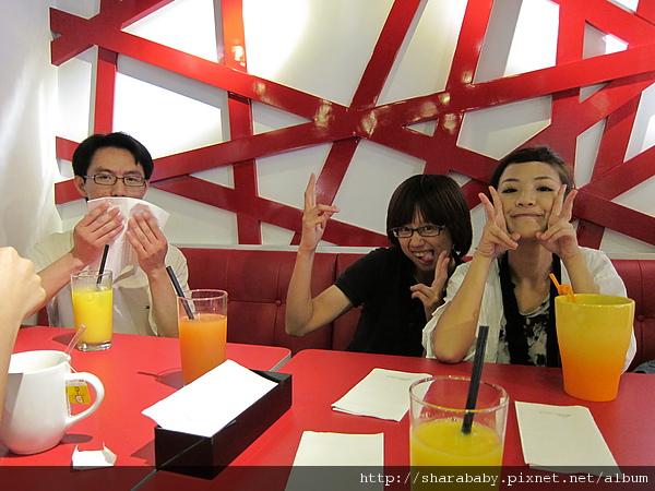 好久不見的台灣腳姊妹聚餐