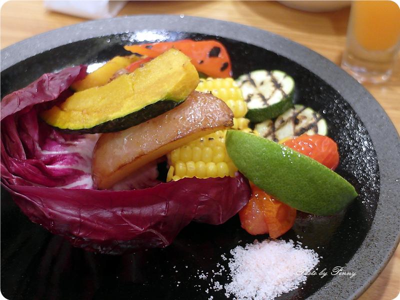 漢堡排山本19.jpg