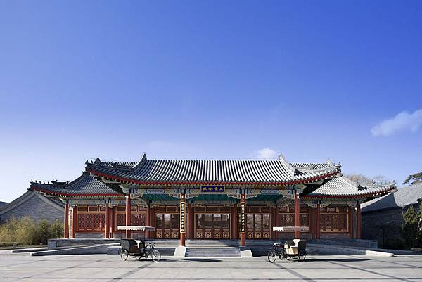 arrival_pavilion_high_res_2112.jpg