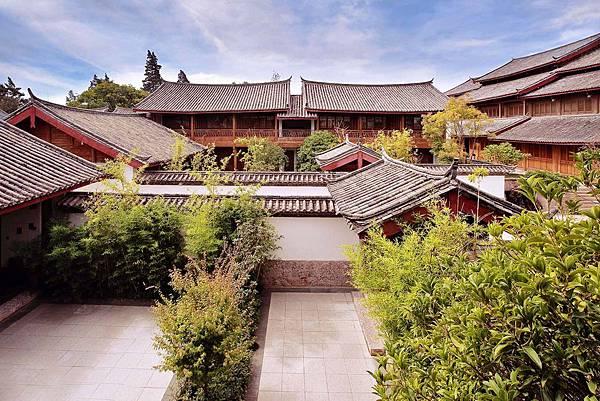 amandayan-courtyard.jpg