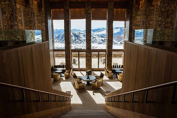amangani-lounge-view.jpg
