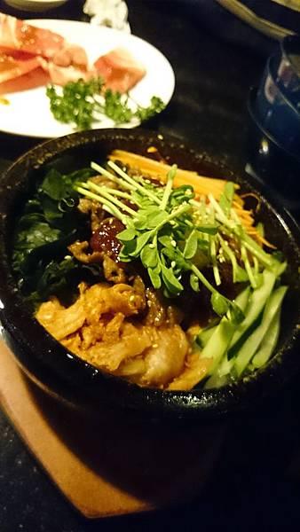 石鍋拌飯(牛)