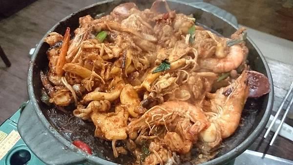 辣炒雞肉鍋