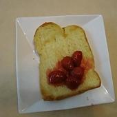 草莓果醬土司