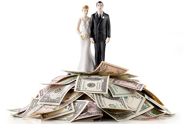 married-couple-money