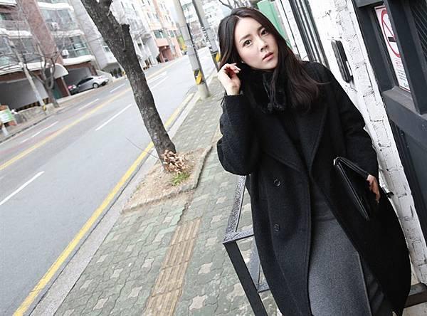 22.韓中長50%羊毛大衣10.jpg