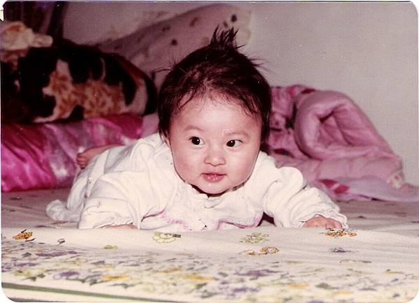 我啦!流口水的歲數!看眼睛就知道是我。