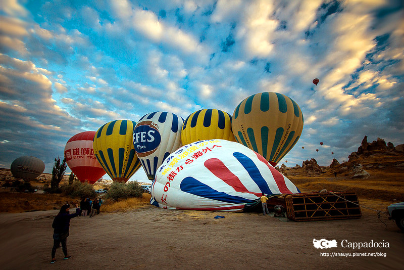 Cappadocia_hot_air_balloon_13.jpg