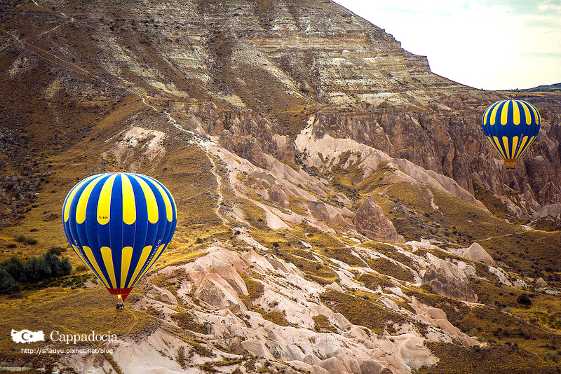 Cappadocia_hot_air_balloon_28.jpg