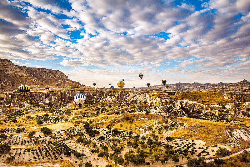 Cappadocia_hot_air_balloon_30.jpg