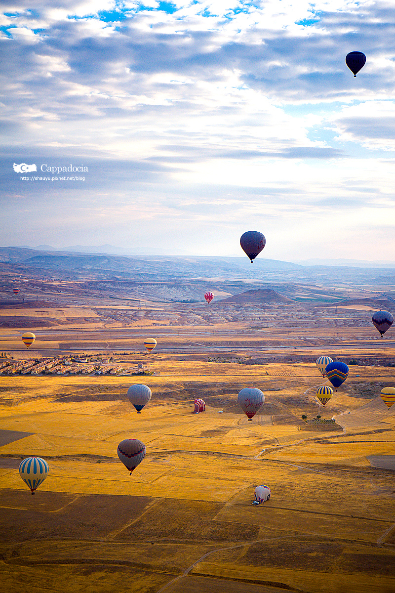 Cappadocia_hot_air_balloon_40.jpg