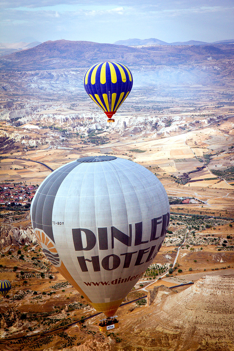 Cappadocia_hot_air_balloon_44.jpg