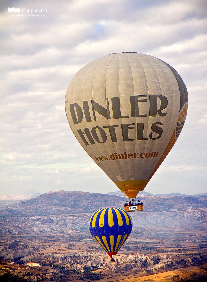 Cappadocia_hot_air_balloon_43.jpg
