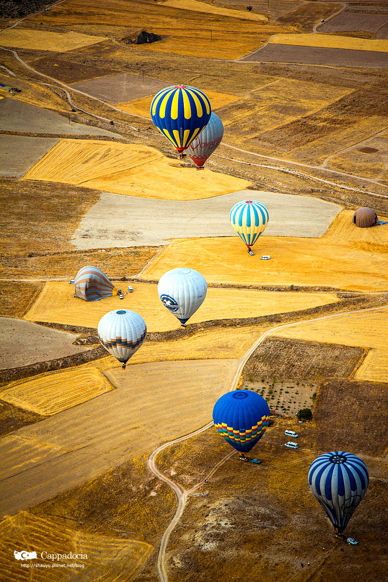 Cappadocia_hot_air_balloon_50.jpg