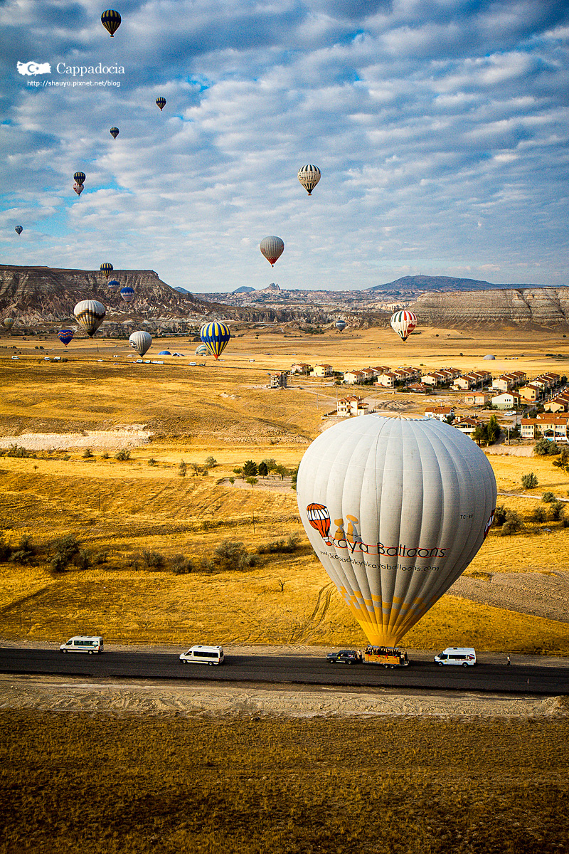 Cappadocia_hot_air_balloon_55.jpg