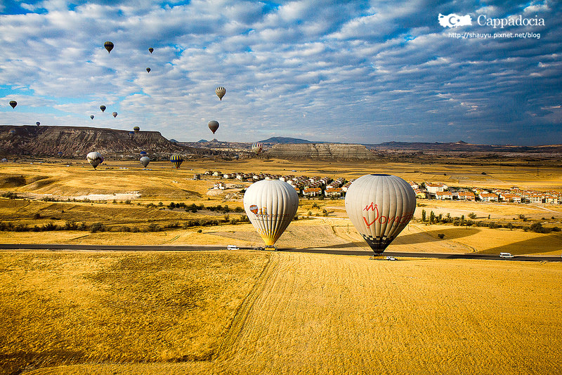 Cappadocia_hot_air_balloon_62.jpg