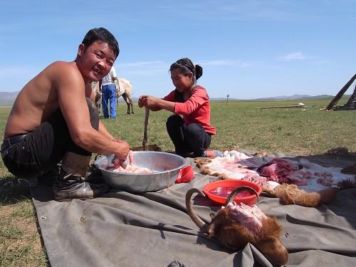 清理羊的內臟 (2).jpg