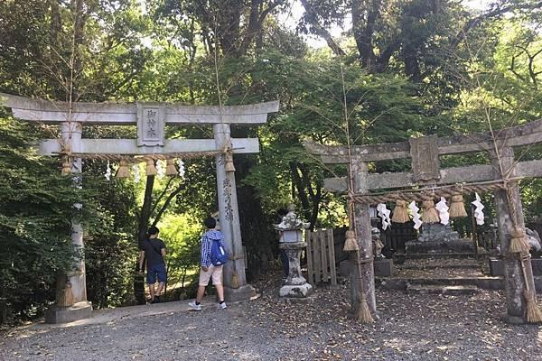 稻荷神社_190527_0031-N.jpg