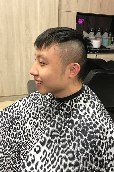 理髮 (6).JPG