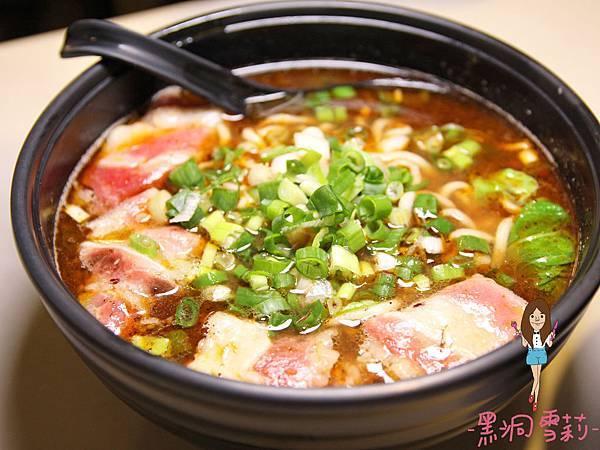 牛肉麵-01.jpg