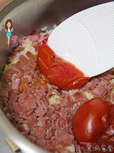電鍋番茄飯-06.jpg