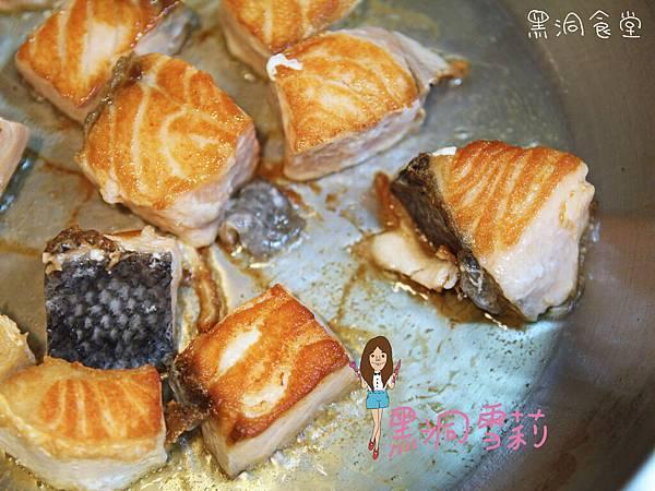 香煎鮭魚-06.jpg