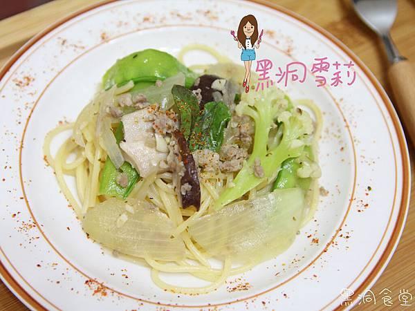 清炒蒜香義大利麵-16.jpg