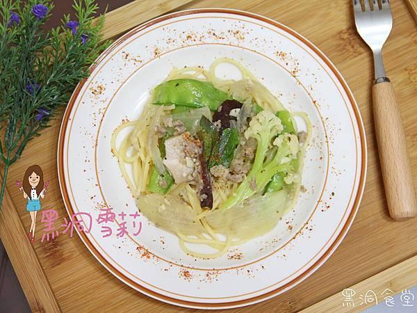 清炒蒜香義大利麵-17.jpg