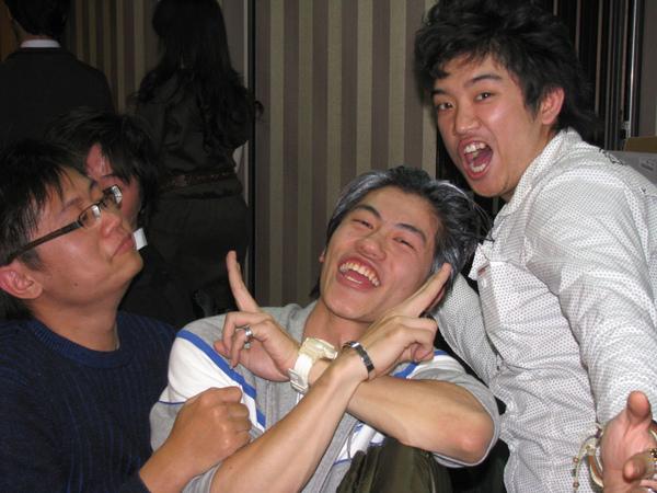 耍蠢三人組