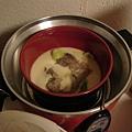 五片青菜加一片牛肉