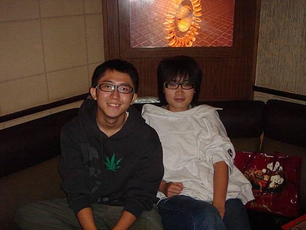 兩位壽星:Brian & Yi-Chu