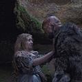 Ogre (Guillaume Delaunay), Violet (Bebe Cave) (2).jpg