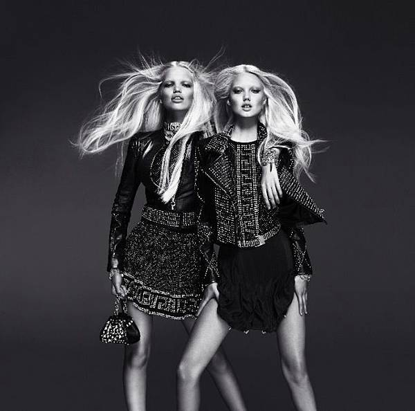 versace_for_hm_campaign_009-thumb-640x633-68047.jpg