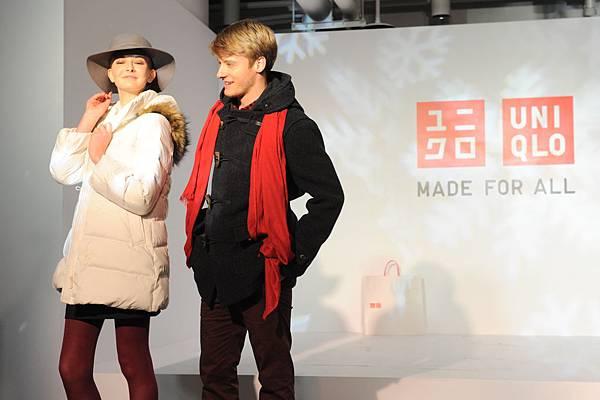 MODEL共同演出冬天大衣系列