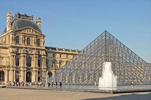 Le_musée_du_Louvre_(4750261198)