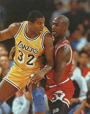 nba - magic johnson vs michael jordan(2).jpg