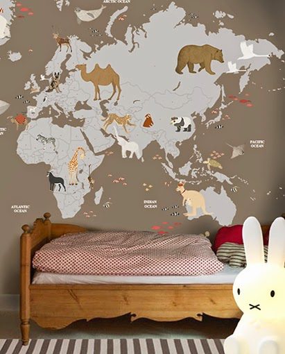 LITTLE HANDS WALLPAPER MURAL - WORLD MAP FINAL FCcopy