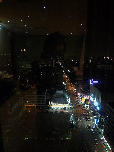 八五大樓夜景二.jpg