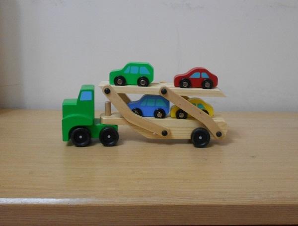 雙層運輸卡車1.jpg