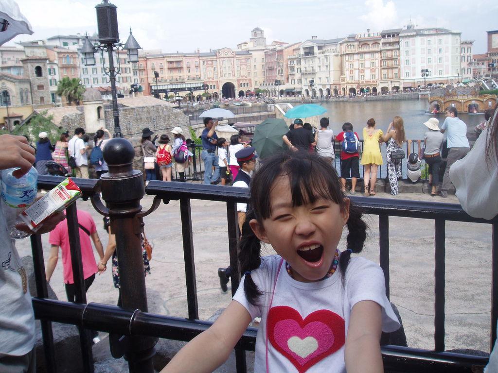 2010-07-01_02_舞濱_迪士尼樂園_05_密西根傳奇_02.JPG