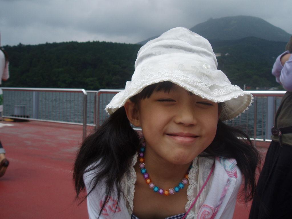 2010-07-02_02_箱根_蘆之湖_海盜船_03.JPG
