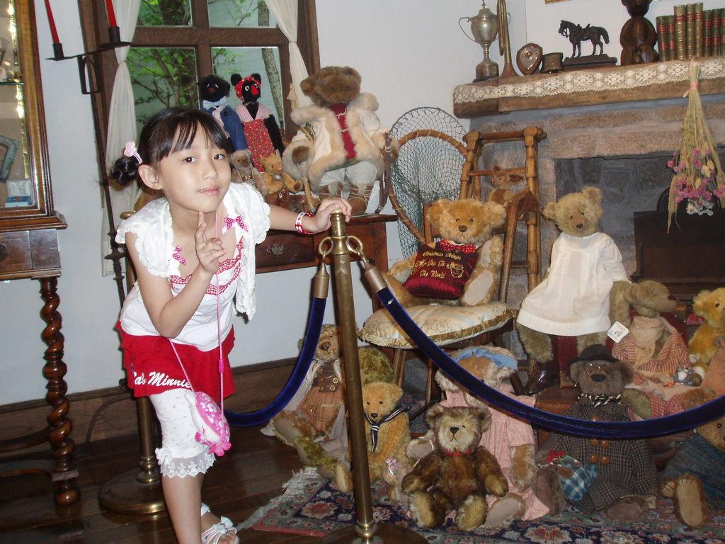 2010-07-03_01_伊豆_伊豆高原_泰迪熊博物館_62_熊熊熊.JPG