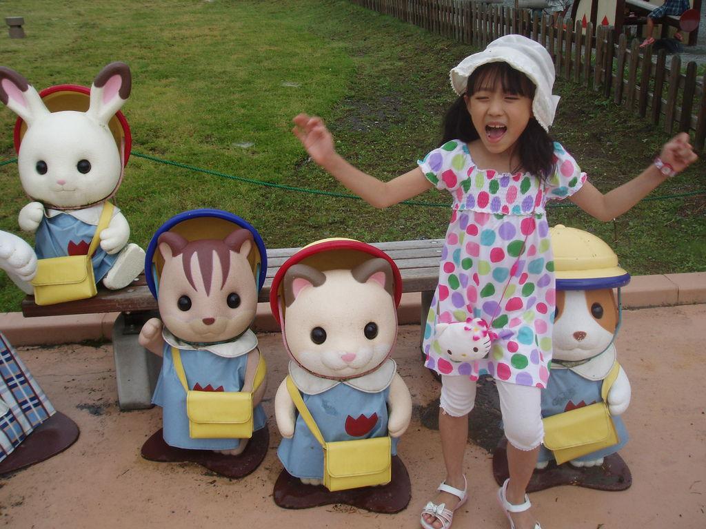 2010-07-04_01_靜岡縣_Grinpa_森林家族樂園_45_幼稚園娃娃們.JPG