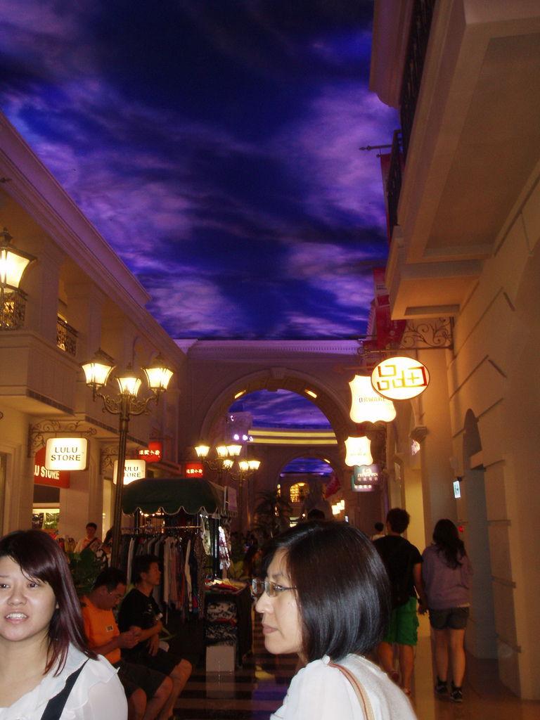 2011-08-14_01_高雄_義大購物中心_04.jpg