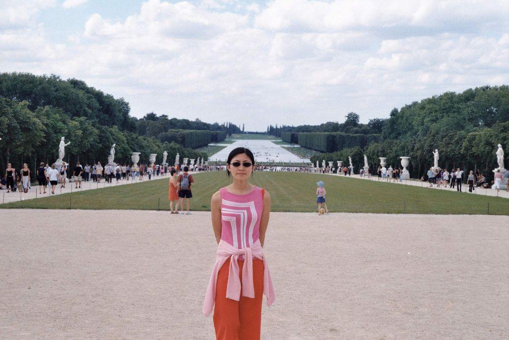 2001-07-22_03_Versailles Castle_07.jpg