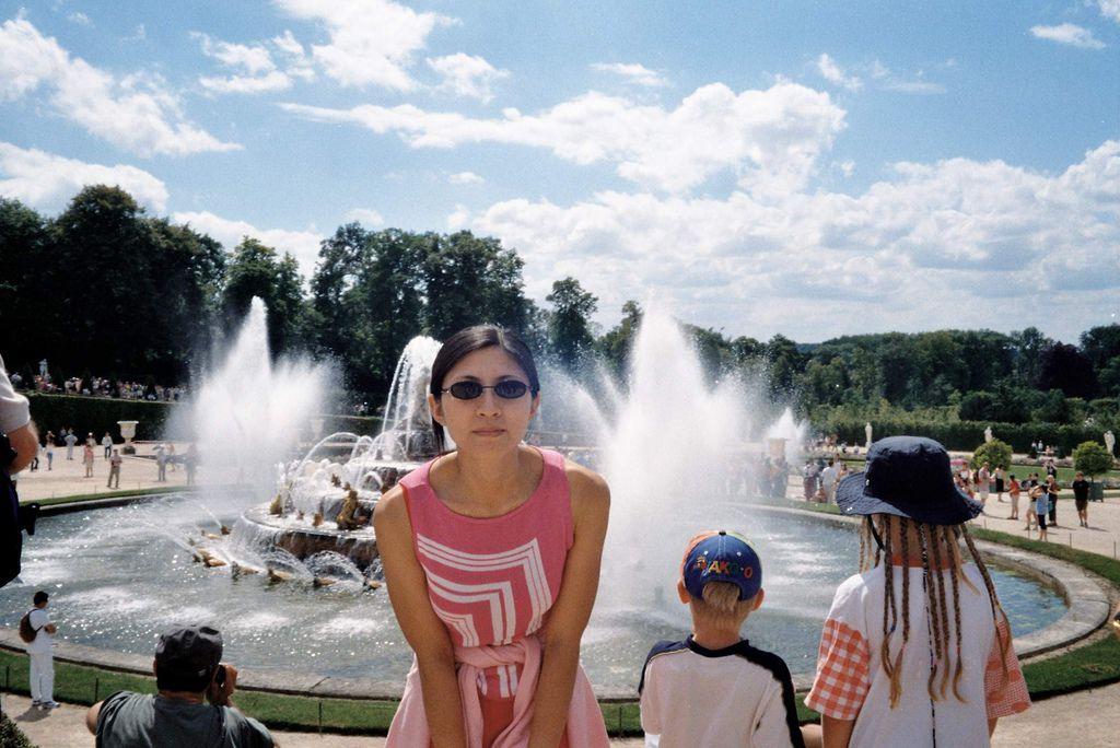 2001-07-22_03_Versailles Castle_11.jpg