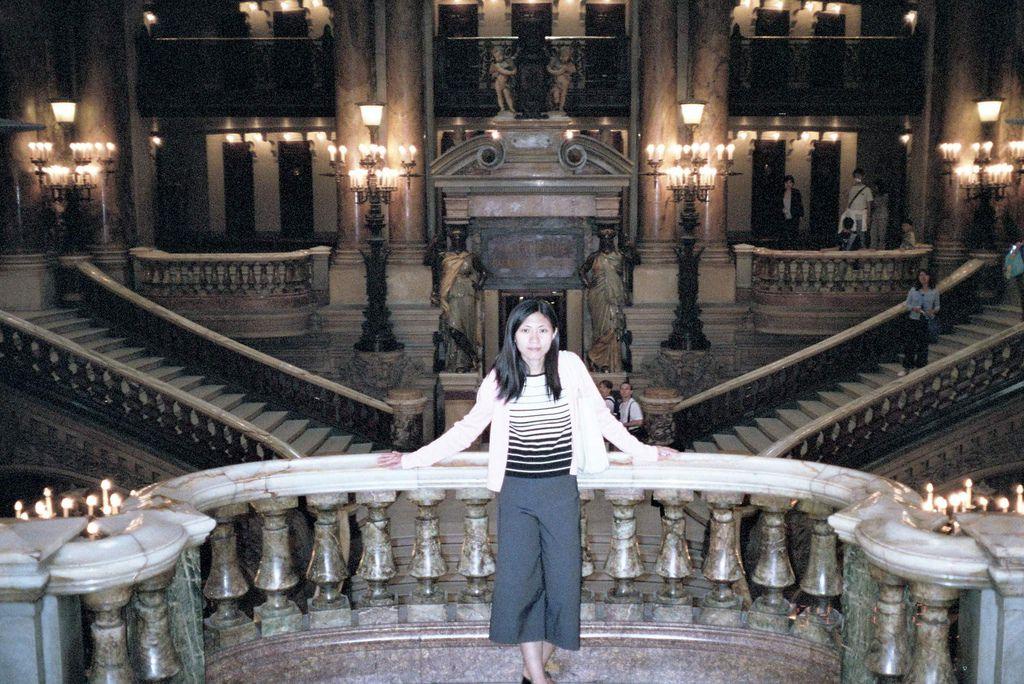2001-07-23_03_Paris_Opera de Garnier_05.jpg