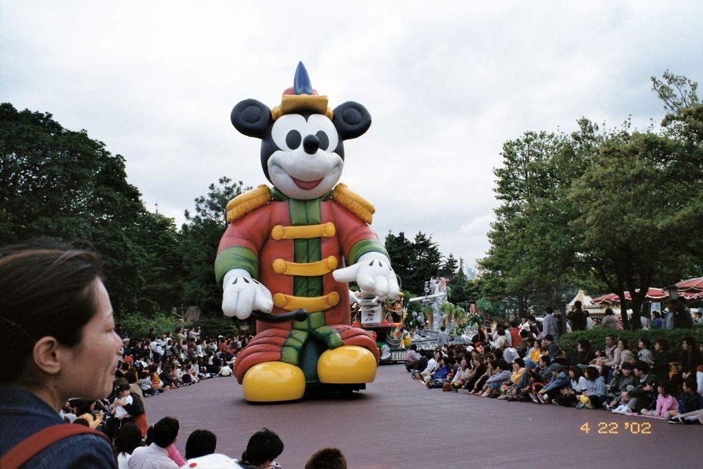 2002-04-22_01_舞濱_Disney Land_065.jpg